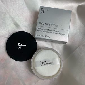 IT Bye Bye Pores Silk HD Anti-Aging Micro-Powder
